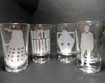 Doctor Who Shot glass set (4 Glasses) Whovian The Doctor Dalek