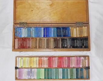 Yarka Handmade Artist Pastels in Wooden Box