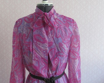 Purple pink Paisley pattern, cuttlebone blouses dress 70s