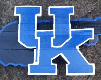 University of Kentucky Wooden Pallet Hand Painted/Stained Logo