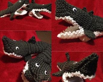 Crochet shark slippers - all sizes!