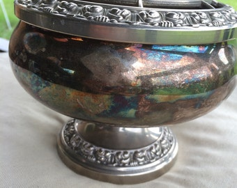 Silver plated rose bowl. Ianthe of England