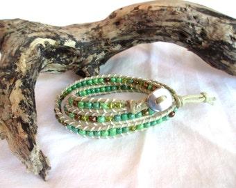 "Wrap Bead Bracelet 3-Layer ""Camo"". Greens, bronze."