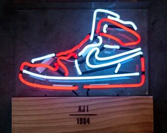 Air Jordan 1 Neon Light (Chicago) - Limited Edition