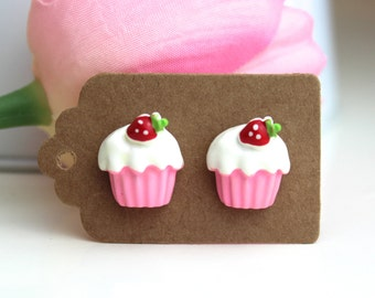 Cupcake earrings // kawaii earrings // cute unique earrings //