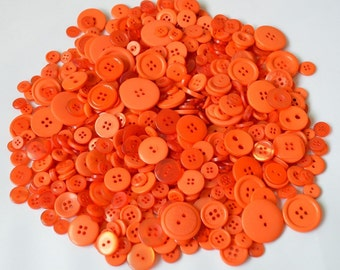 ORANGE - Plastic Buttons / Assorted Buttons - 50g, 100g, 300g, 500g.