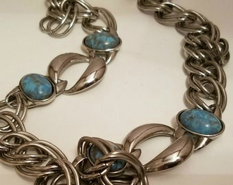 Stylish Chunky Silver Necklace With Turquoise Colored Stone Accents, Silvertone Large Links
