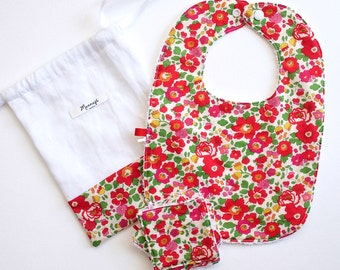 "All red bib and 4 small wipes in Liberty ""Betsy"""