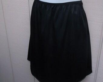 Vintage 60s Black Nylon Mini skirt Half Slip by Vassarette // sz sml