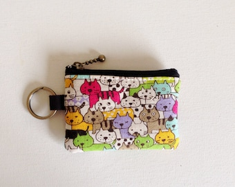 Key/coin purse -  crowded cats in green