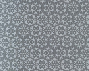Stitch Organic Monohexies Gray - One yard