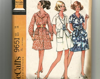 McCall's Misses' and Junior Dress In Three Versions  Pattern 9651