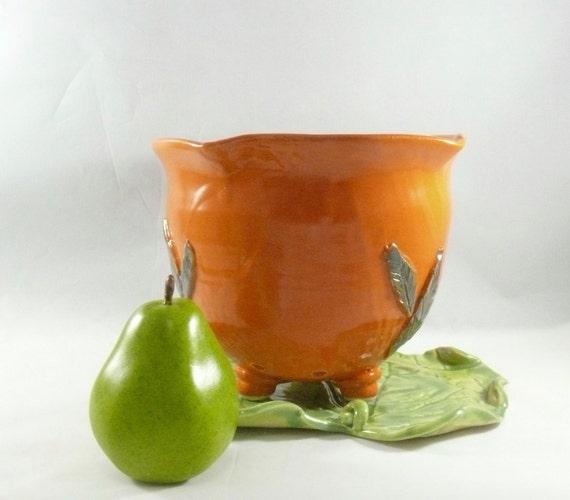 Orange Berry Bowl, Ceramic Colander on Leaf Tray, Handmade Modern Fruit Bowl, pottery kitchen strainer, serving bowl, gift sieve