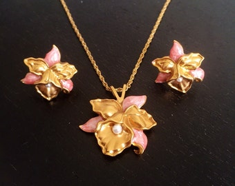 Vintage Avon Precious Orchid Necklace and Earrings Set - Pink and Gold Enamel Orchids - Gold Floral Jewelry