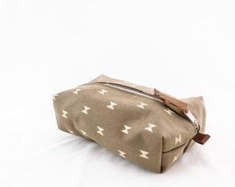 SALE! La Luz Large Dopp Bag