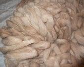 4 oz beige-red llama THISTLE