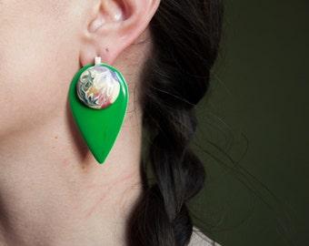 oversized abstract art green earrings / geometric jewelry / 1003a