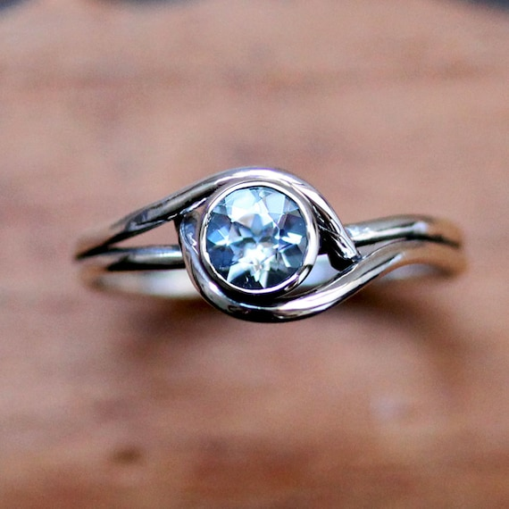 sterling silver aquamarine ring silver march birthstone ring. Black Bedroom Furniture Sets. Home Design Ideas