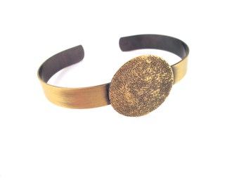 1 Brass Cuff Bracelet with a 25mm Pad