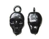 10 x Black Skull Plastic Gumball Charms