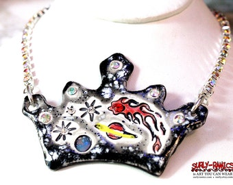 Queen of the Night Sparkle Surly Ceramic Necklace With Rhinestone Chain