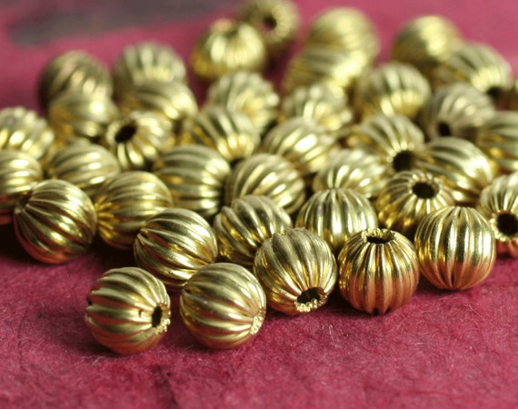 Solid brass corrugated round 5mm, 40 pcs (item ID HM00020RB)