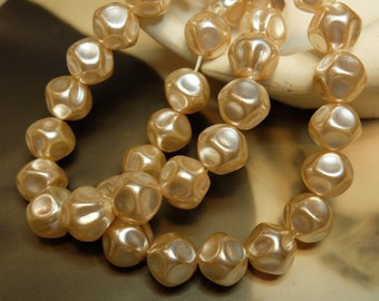 SALE Vintage 12mm Baroque Glass Pearl Bead Strand 30 beads