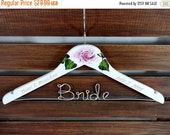 20% OFF SALE Wedding Dress Hangers Engraved Hand Painted Flowers White Wooden Hangers Personalized Wire Names Wedding Photo Props