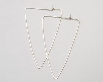 Pointy Triangle Hoops
