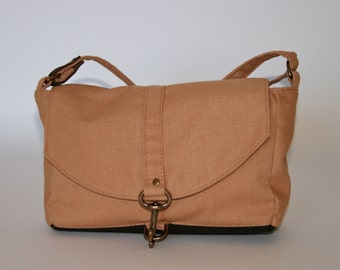 Judy - Small Crossbody Bag in Tan