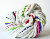white wool yarn, hand spun yarn, handspun art yarn, soft wool, merino home spun, undyed, bulky yarn, white knitting wool yarn .. split apart