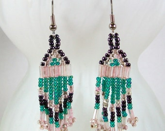Dangle Earrings / Seed Bead Earrings / Green Earrings / Handmade Earrings / Beaded Earrings /  Unique Earrings / Boho Earrings