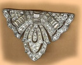 vintage art deco FOCAL finding TRIANGLE shape patina bridal finding embellishment original ox easy to attach