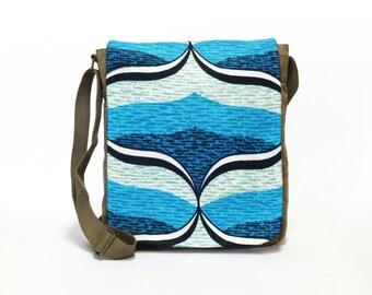 Kimmy - Canvas Messenger Bag   Cross body bag   Retro bag   Vintage Fabric Upcycled Shoulder Bag by EllaOsix