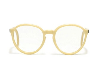 Amor Vintage Eyeglass Frame - keyhole nose bridge - panto style - round eye wear - French eyeglasses in new old stock condition