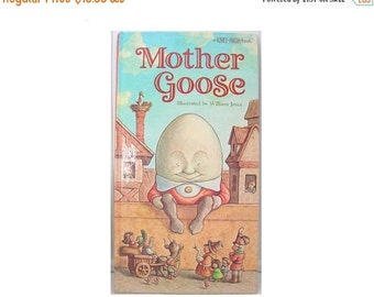 Vintage Childs Book, Mother Goose Nursery Rhymes, 1984 Random House, New York, Delightfully Illustrated by William Joyce, A Knee-High Book