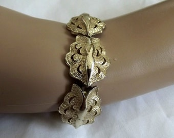 Vintage Link Bracelet Signed CORO Leaf Scallop Links Abstract Chunky Gold tone