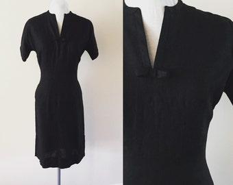 Vintage Black Dress 1960s Sheath Dress Linen Sz S