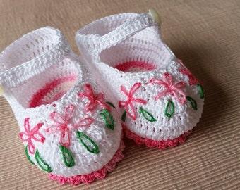 Baby Girl Booties, Crochet Mary Janes,  Newborn Baby Girl Booties, Pink  Flowers Mary Jane Shoes