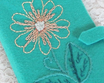 turquoise needle keeper, wool felt needle book, sewing pouch for traveler, craft and sewing organizer