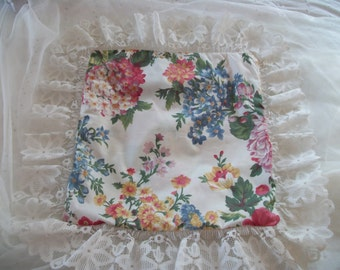 vintage flowered toss pillow sham cover, lace trim, summer floral print, front porch charm, small sham chair pillow case, 14 inch square
