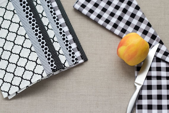 Color Block Set in Black and White- 10 Cloth Napkins-  FREE SHIPPING
