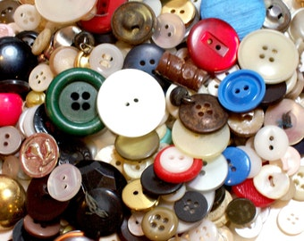 Vintage Craft Buttons, Mixed Buttons x 1/2 Pound Button Lot, Used Garment Buttons, 50% Off Sale