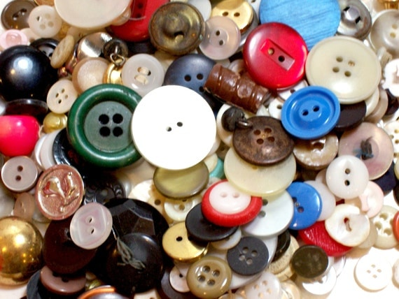 Vintage craft buttons mixed buttons x 1 2 pound button for Craft buttons for sale