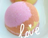 Gift Women. Bath Bomb. Best Friend. Gift for Her. PEACH SORBET Bath Bomb. Bath Fizzy. Wife Gift, Mom, Stocking Stuffer, Mom. Teen