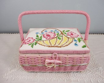 Vintage Sewing Basket Woven in Pink with Large Handle