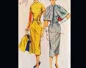 Vintage 1950s Button Front Lined Capelet Sewing Pattern 1942 B34