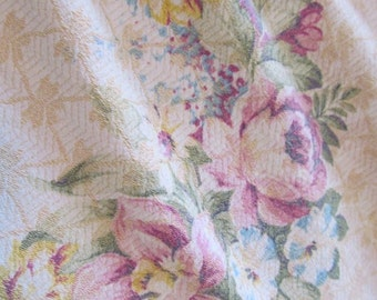 Vintage Cotton Damask Barkcloth Drape - Pink Cabbage Roses, Lilacs - Stunning Shabby Cottage
