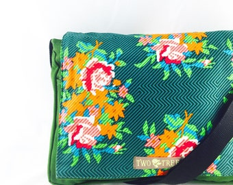 Green Floral Rose Bouquet MESSENGER Book iPad Laptop Diaper BAG