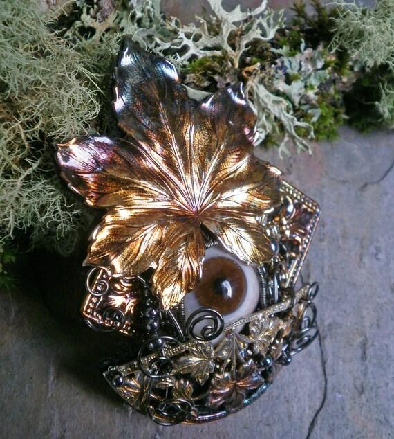 Gothic Steampunk Peek a Boo Series 3 Pin Pendant